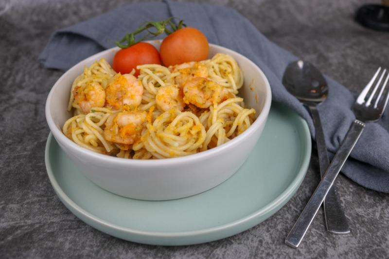 Dinkel_Spaghetti_Garnelen (1 von 4)