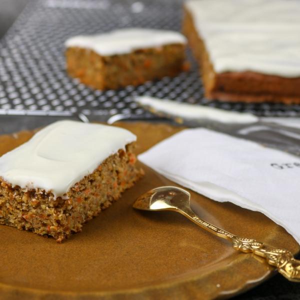 Gesunde Carrot-Cake Schnitten (1 von 6)