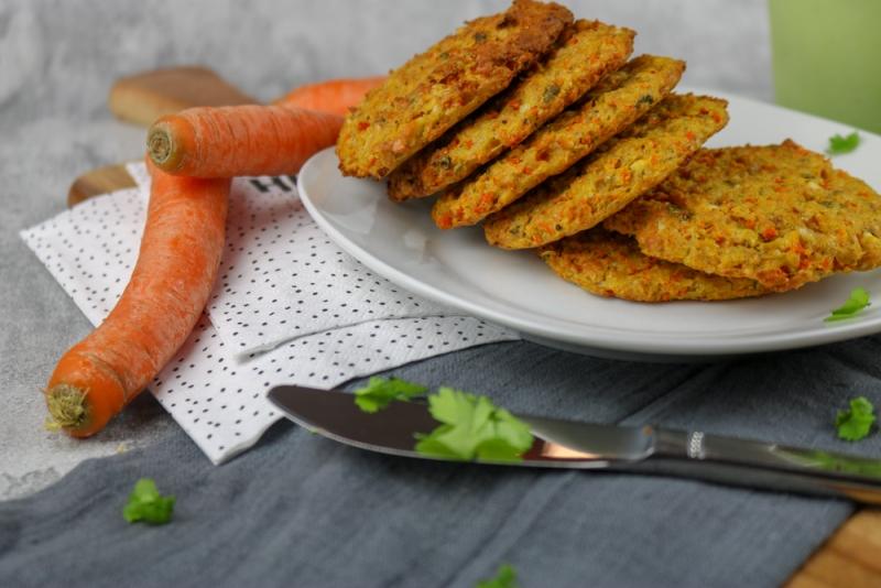 Kichererbsen-Karotten Puffer (2 von 5)