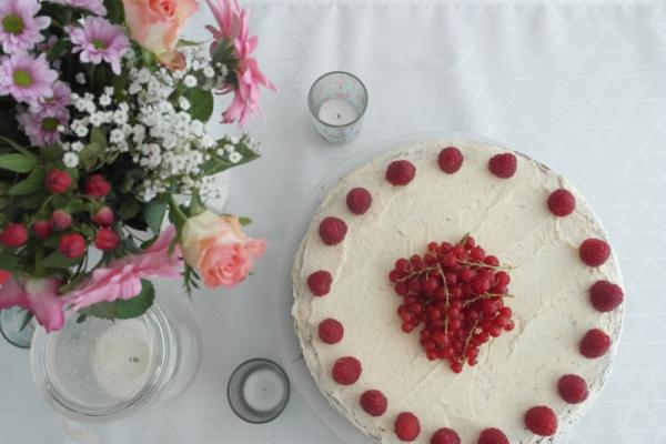 Vanille_Himbeer_Buttercreme_Torte (4)