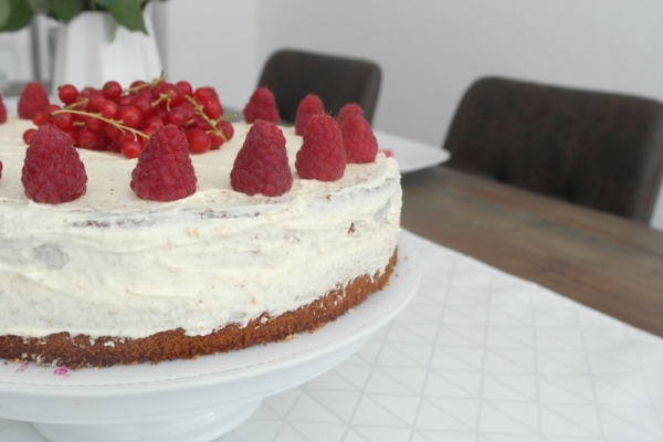 Vanille_Himbeer_Buttercreme_Torte (3)