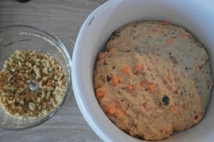 Karotten-Walnuss Brot