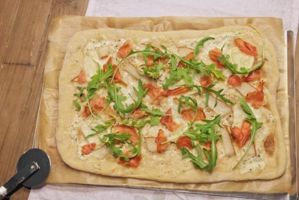 Birnen-Ziegenkäse-Pizza (2)_lzn