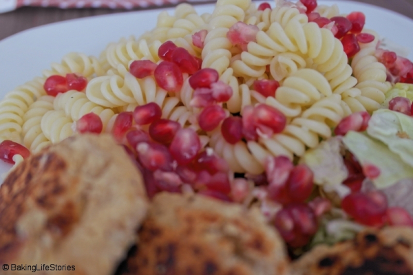 Spirelli-Salat Bowl mit Falafel