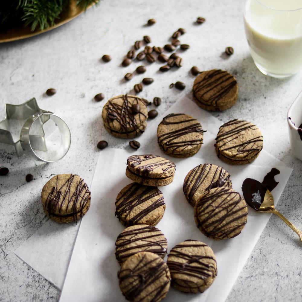 Weihnachtsbaeckerei_Espresso_Kekse_Rezept_gesundbacken