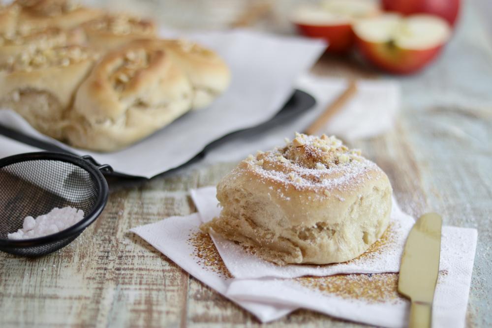 vegane-Apfel-Zimt-Schnecken-gesundbacken-Bakinglifestories.com