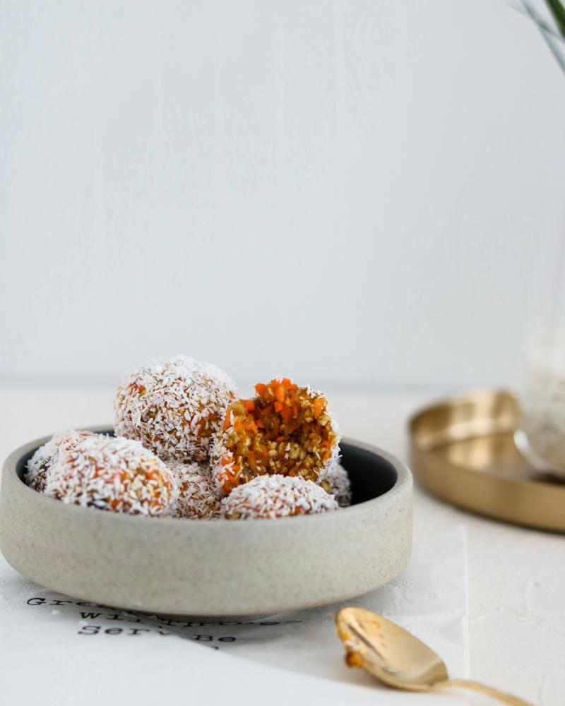raw-carrot-cake-bites-gesund-backen-bakinglifestories.com (1 von 10)