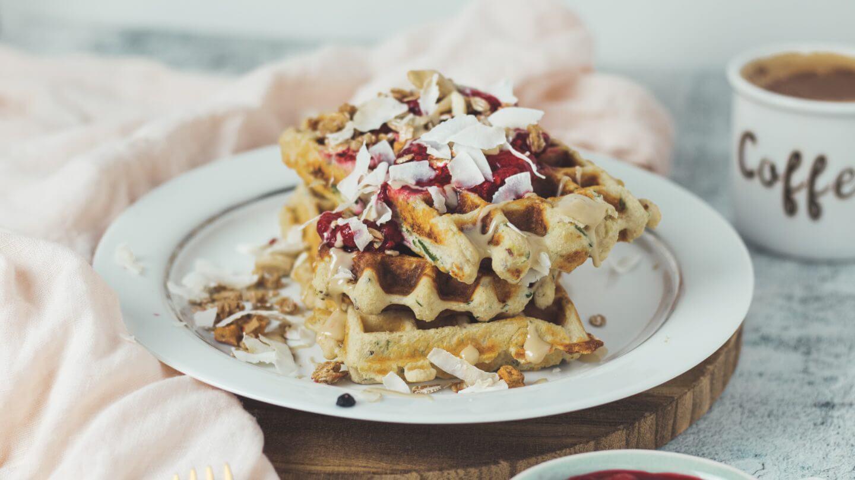 Gesunde-Protein-Zucchini-Waffeln-Bakinglifestories.com