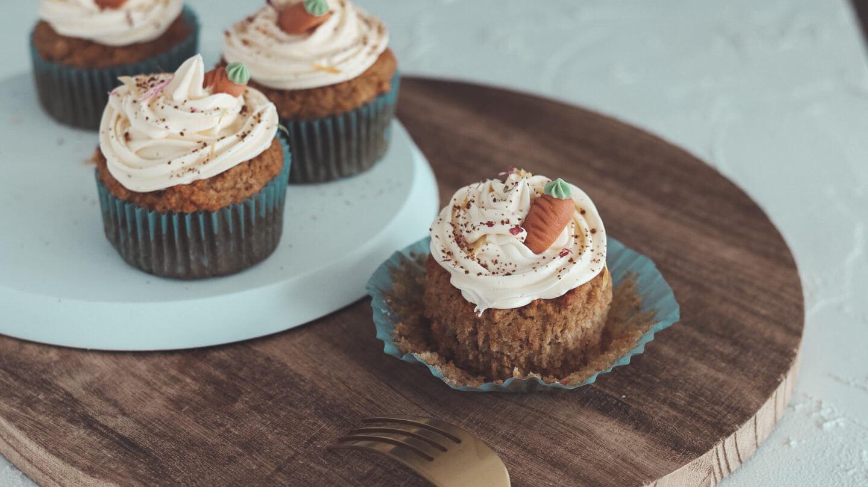 Bakinglifestories.com-carrot-cake-cupcakes-vegan-3
