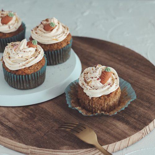 Bakinglifestories.com-carrot-cake-cupcakes-vegan-5