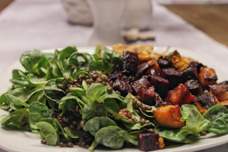 beluga linsen salat mit s kartoffel und roter bete. Black Bedroom Furniture Sets. Home Design Ideas