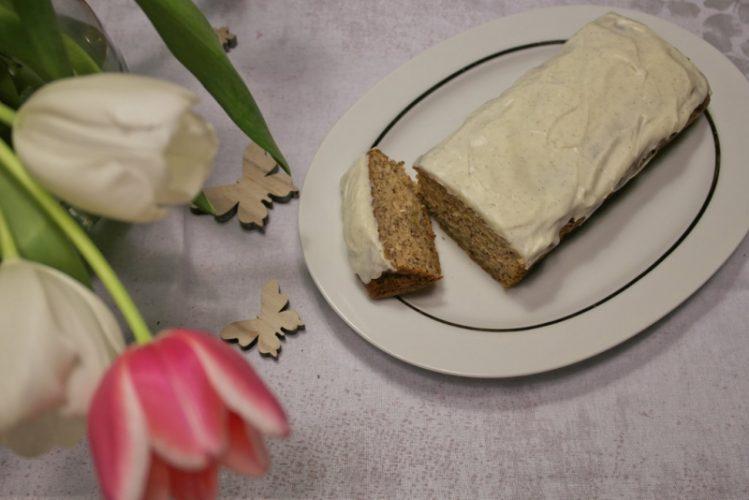 Bananenkuchen-mit-Vanille-Frosting